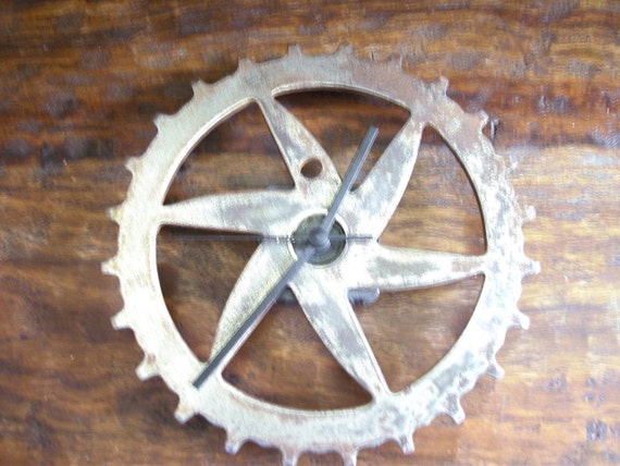 Vintage Skip Tooth Bike Drivetrain or Sprocket made into a Clock