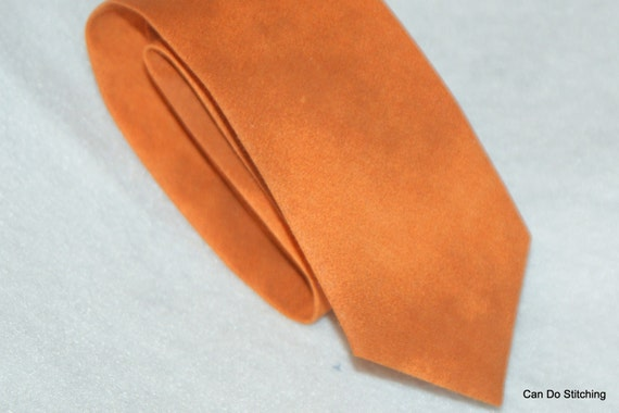 Boy's Neck Tie Orange