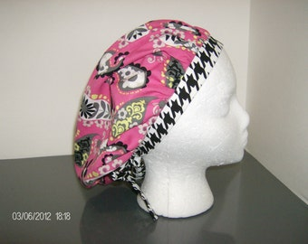 Pink Paisey Floral with Black and White Houndstooth Bouffant Surgical Scrub Cap