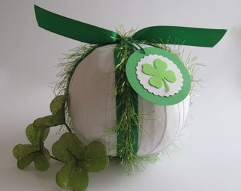 St Patrick's Surprise Ball- Tinsel