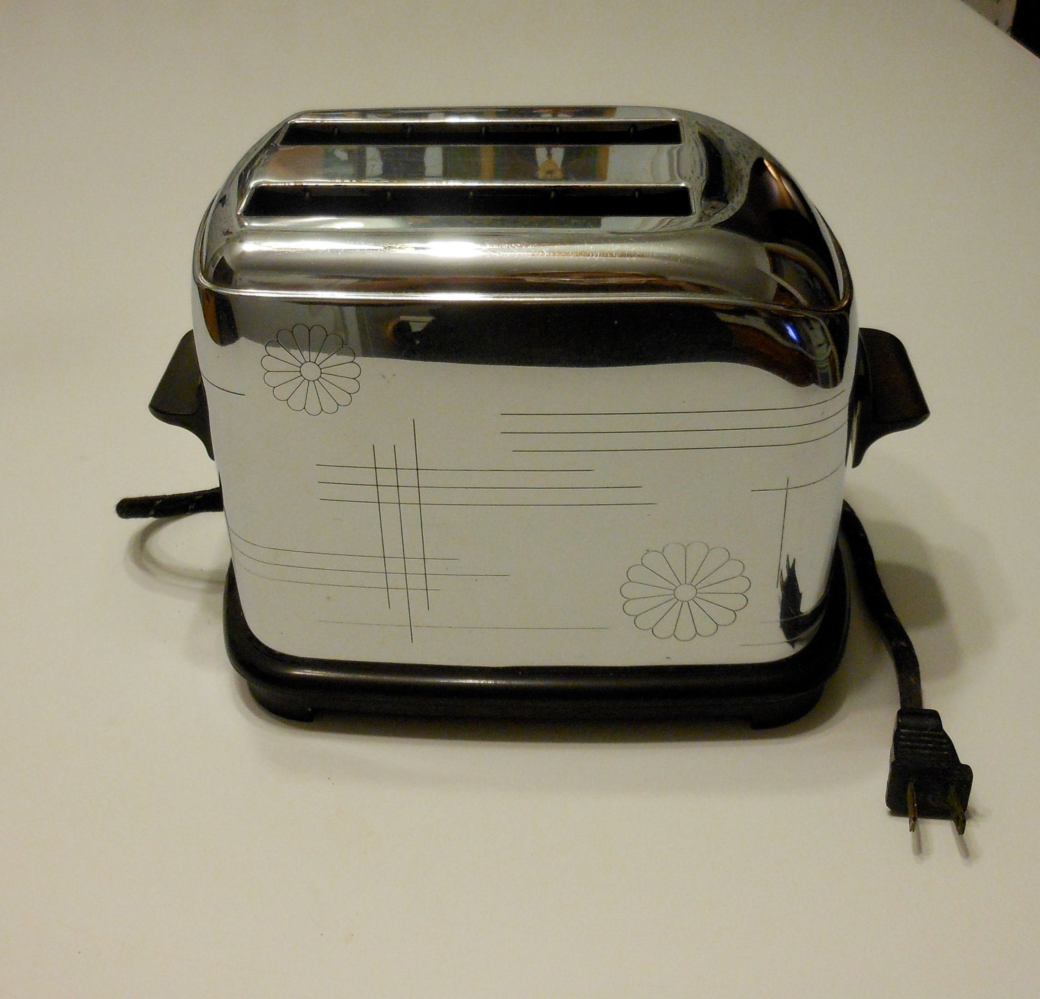 Vintage Toastmaster Daisy Toaster By 2cool2toss On Etsy