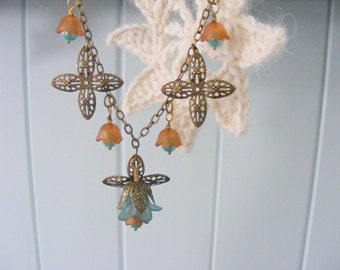 Antique bronze, aqua and creamy caramel tulip drops necklace