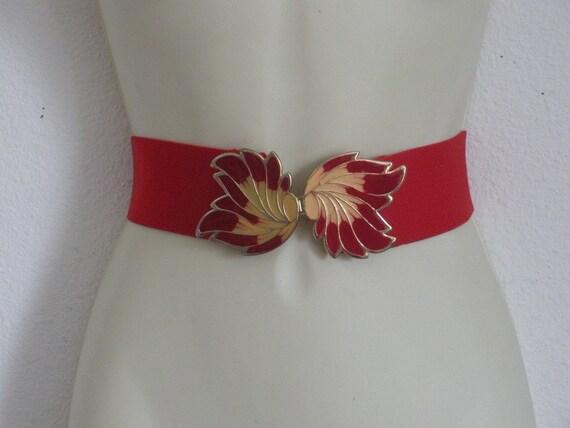 Unusual Vintage Red Stretch Belt Red Cinch Belt Leaf Buckle