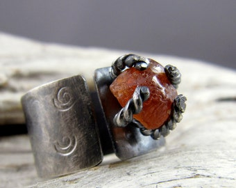 Hessonite Garnet Spiral Design Silver Ring