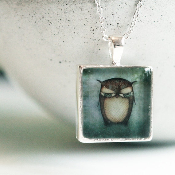 "Necklace ""The Owl"" with a 17.3"" long chain"