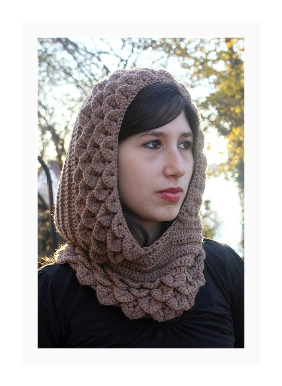 Marte, A Crocodile Stitch Hood - Crochet Pattern PDF - Permission to Sell Finished Items
