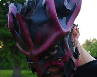 Crimson Leather Great Dragon Mask 2.0