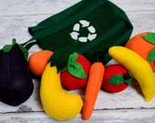 Felt Play Food - Grocery bag and 8 fruits and vegetables, handmade eco-friendly