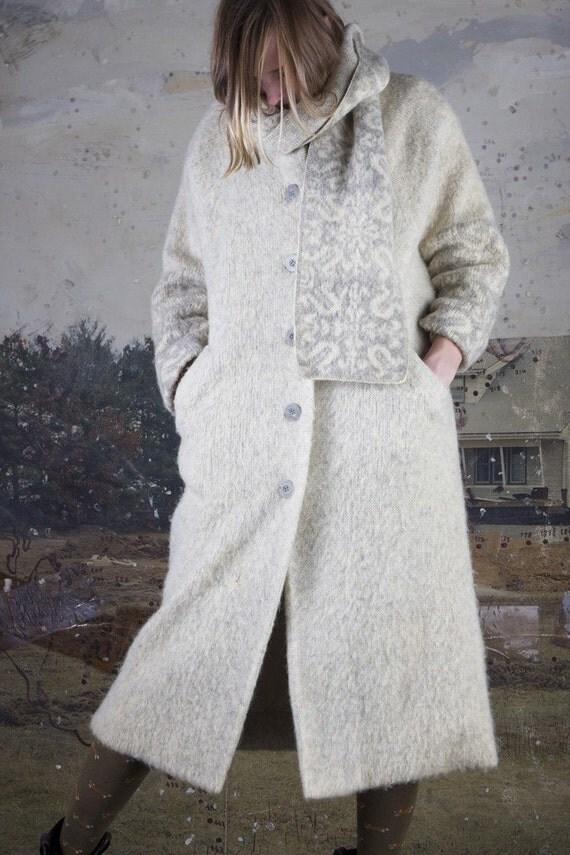 SALE SALE SALE Vintage Icelandic Arctic Sheep Wool Coat