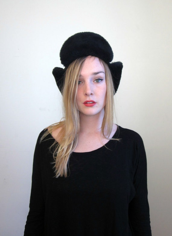 50's bomber hat in navy, made in usa.. insulated with dupont dacron... genuine mouton lamb trim winter unisex