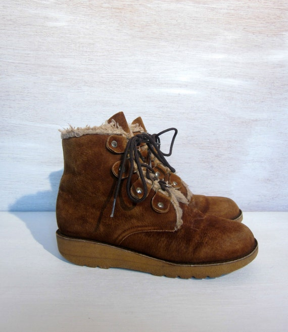 vintage 60's hikeresque suede and faux fur boots winter spring boots women's lace ups 6