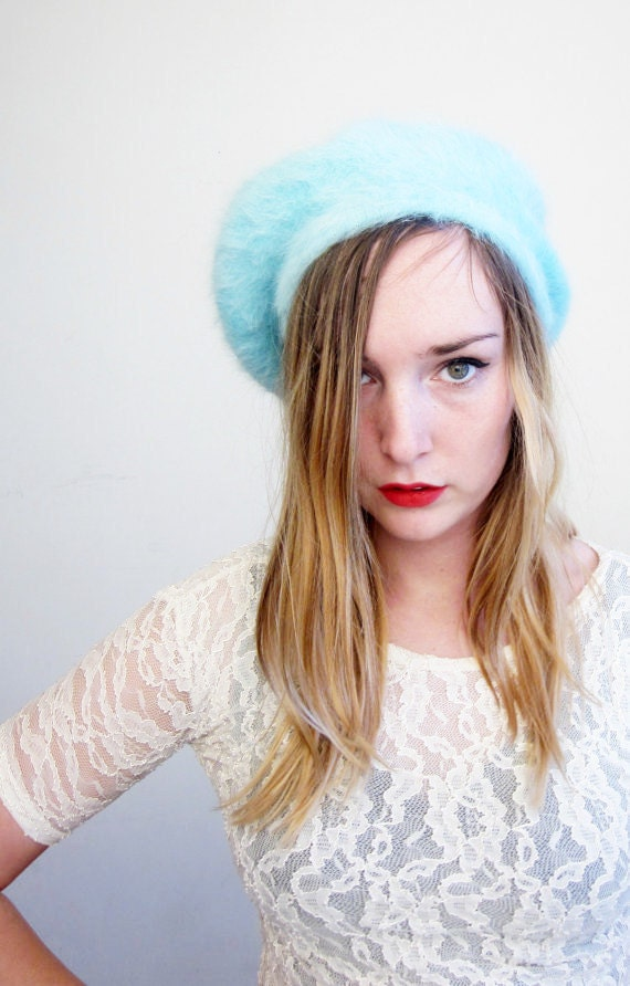 90's angora and wool powder blue beret women's