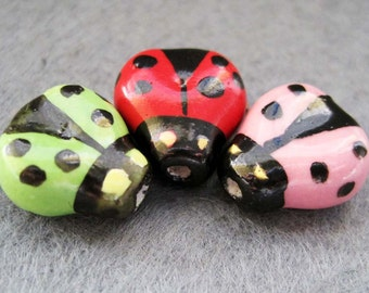 6Pcs Handcrafted Porcelain Ladybug Insect Beads Finding  ja106