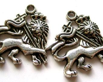 10Pcs Alloy Metal Male Lion Christian Cross Pendant Beads Finding  ja173