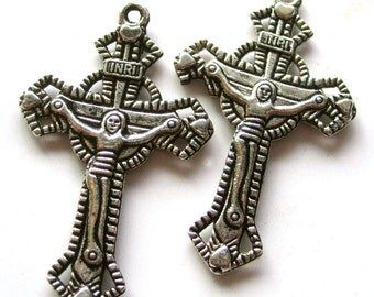 10Pcs/10Pieces Vintage Style Alloy Metal Christian Cross Jesus Crucifix INRI Pendant Loose Beads Finding 33mm x 25mm  ja174