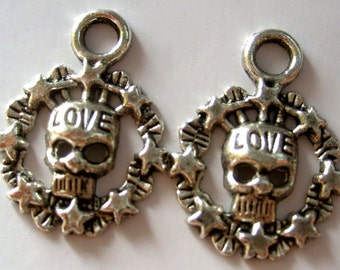 20Pcs Alloy Metal Skull Head Stars Letter LOVE Pendant Beads Finding  ja185