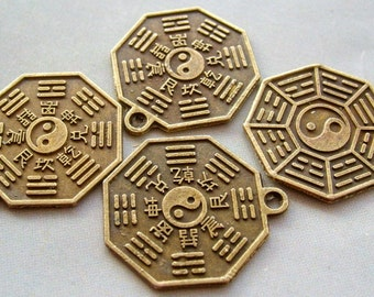 20Pcs Coated-Copper Alloy Metal Tai-Ji 8-Diagram Beads 2Faces Finding--20Pieces--20mm x 20mm  ja212