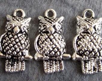 20Pcs Alloy Metal Owl Pendant Beads Finding  ja319