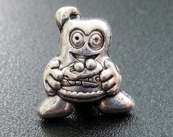 20Pcs Alloy Meta World-Expo Mascot Hai-Bao Pendant Loose Beads Finding/20Pieces 15mm x 13mm  ja384