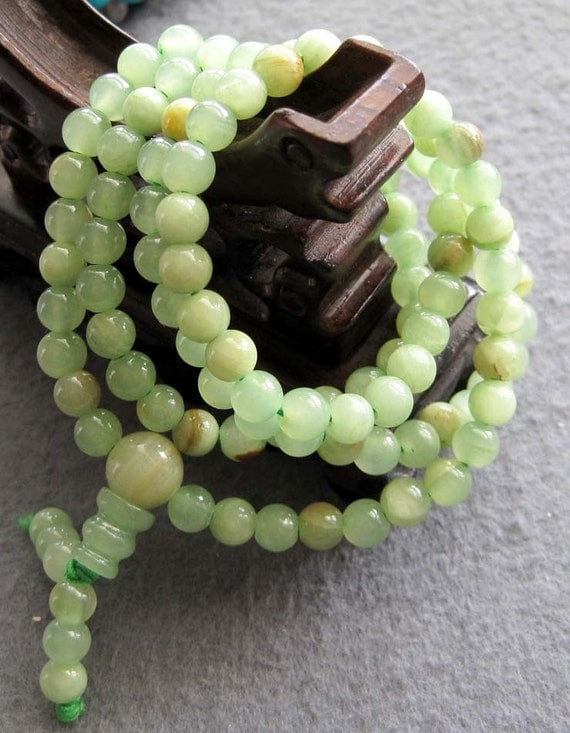 Tibet Buddhist 108 Light Green Stone Prayer Beads Rosary Mala Necklace/Bracelet  ZZ109  6mm