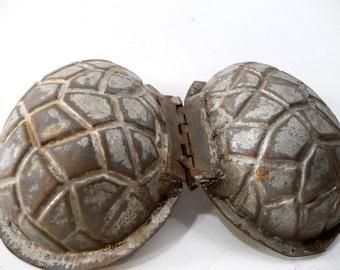 Antique Pineapple Mold