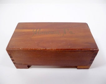 Small Wooden Souvenir Charm Box
