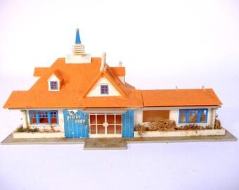 Mid Century Faller Model Roadside Inn Restaurant