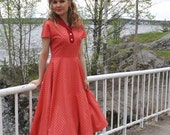 SALE 50s style plaid dress, coral and red plaid cotton with a swing skirt, size US 8 -40%