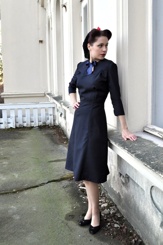 Ink blue wool dress, 40s style Autumn in New York dress, Size US 12