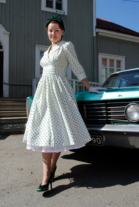 Last Chance SALE April in Paris 50's reproduction white cotton dress with green polka dots, US 10