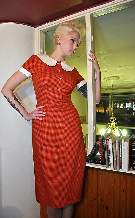 50s style dress in orange hounds tooth cotton with wide collar, waitress dress, size 10
