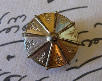 Be Swell... Lovely Victorian Gold-filled Shirt Stud with Etched Design