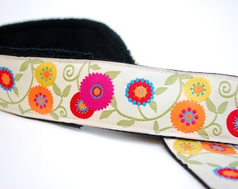Camera Strap- Cream Wildflowers