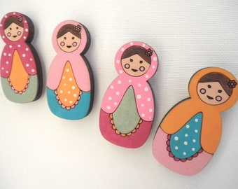 Babushka Magnets- Set of 4 wooden magnets- Matryoshka/ babushka - Russian doll, magnets for hanging children artwork on the fridge