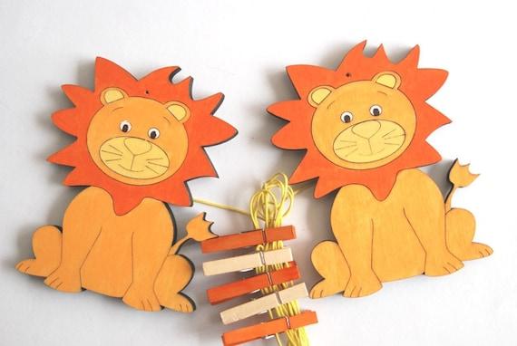 Kids art display hanger - orange lions artwork display, kids art hangers, boys wall decor, baby shower decoration