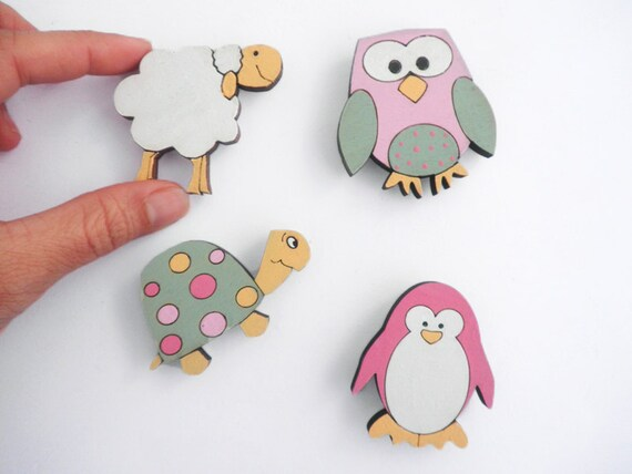 Magnets- Set of 4 wooden magnets- penguin, turtle, sheep and owl -Pink, Green and orange magnets for children/teens/adults