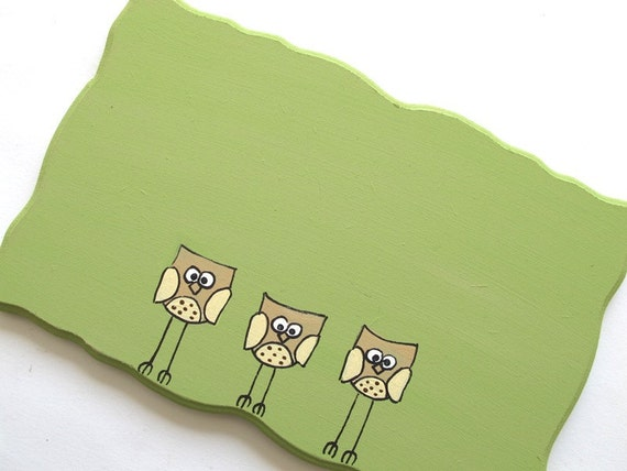 Personalized door sign- Owls ,olive green door sign for a family/ dorm/ clinic/ office, hand painted sign by Shellyka