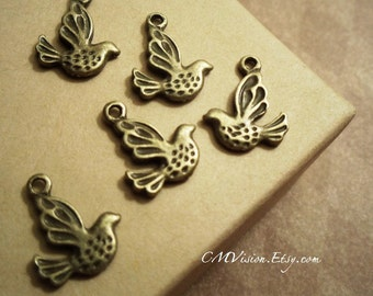 20 Antique Bronze  Double-sided Peace Dove Charms Pendants Drops Rd-N02