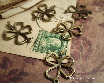 6pc of Antiqued Bronze 20x25mm Filigree Lucky Clover Flower Charm Pendant Drop sdm T04