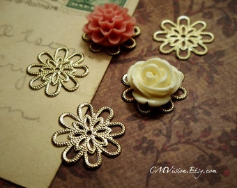 8pcs of Longer Lasting Color, 18K Gold Plated Brass 18mm Super High Quality Lovely Double Layered Daisy Filigree Base Connectors wq S09