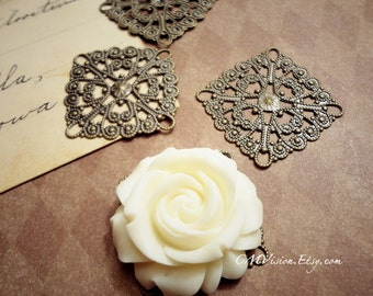 8pcs of Antiqued Brass 28x35mm Large Square  High Quality  Lace Flower Filigree Base Connectors Gz N53