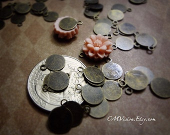Lot of 100pcs of 8mm Small Antiqued Brass Resin flower/Pendant Base/Bail personalized initial stamp blanks Wq Sc8