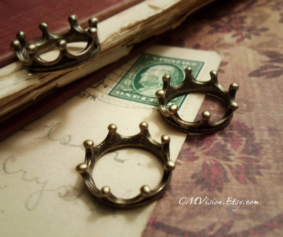 8pcs of  Antique Bronze The Little Prince, Crown Ring I43-Rd