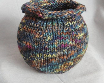Knit Hand-dyed Round Wool Bowl or Vase