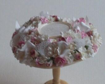 Handmade 1/12 scale dollshouse beautiful miniature ivory silk flower hat