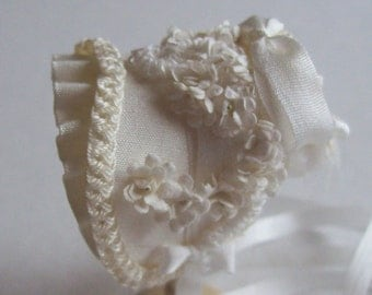 A beautiful 1/12 dollshouse handmade miniature ivory silk bonnet bridal set, No 3