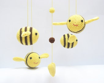 Baby Mobile, Bumble Bee Nursery Mobile, Nursery Baby Shower Gift, Amigurumi Mobile