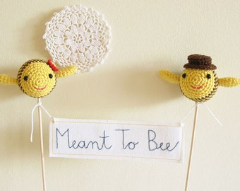 Meant To Bee Wedding Cake Topper, Yellow Wedding Decor with Crochet Bee Bride and Groom