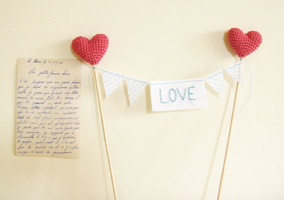 Wedding Cake Topper Love Bunting With Crochet Hearts by Cherrytime