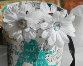 White Daisy Claw Clips